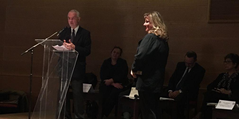 Maryam Cousin reçoit les Palmes Académiques à Nice