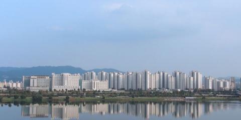 Une augmentation du lithium dans les eaux urbaines de Séoul : les activités humaines en cause